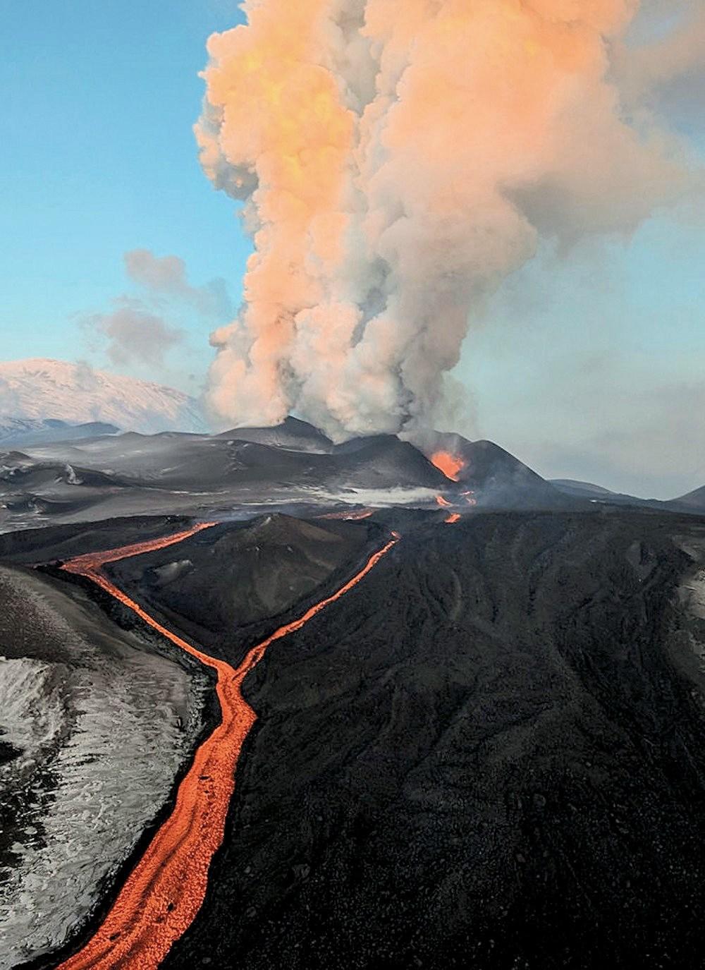 kamçatka volkanı 2012 faaliyet