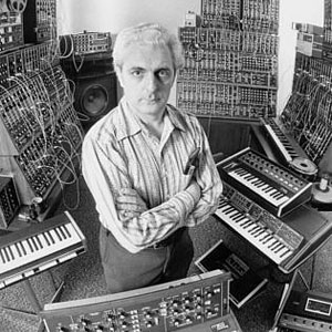 Bob-Moog-synth2-mdn