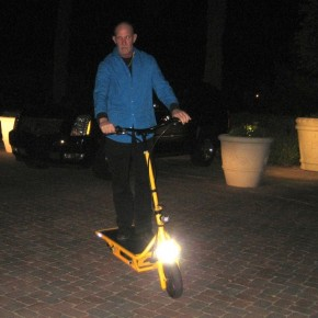 solar-electric-scooter-15