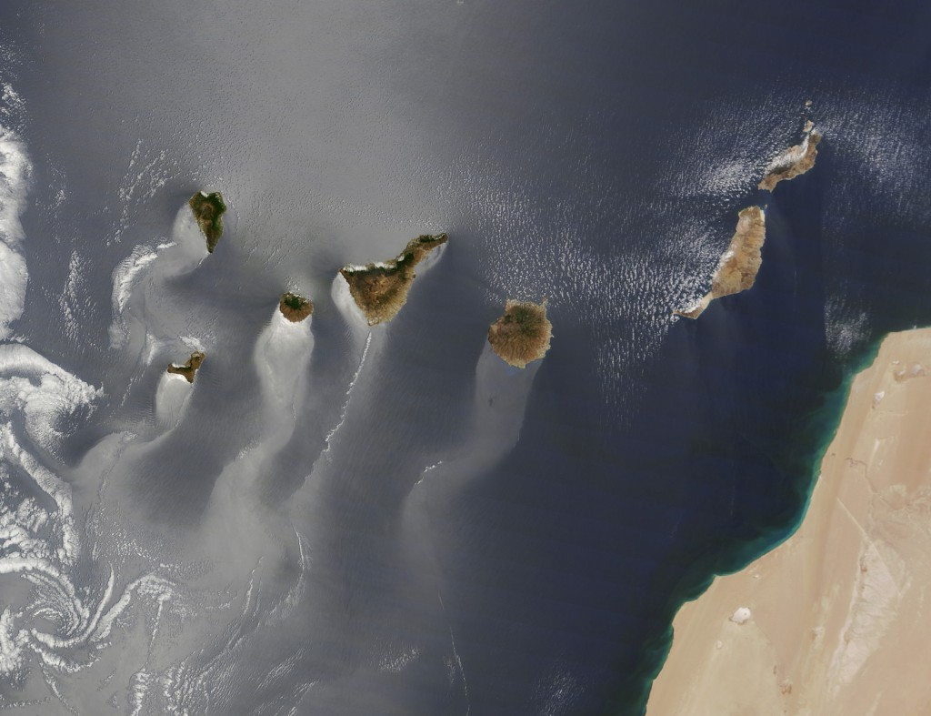 kanarya adaları güneş parlatıyor