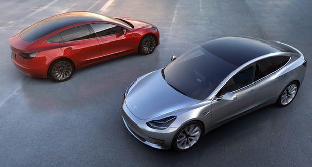 Tesla Tümüyle Otonom Sürüşe Sahip Aracını Gösterdi