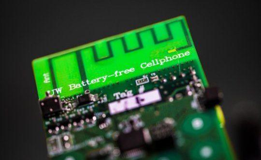 Radyo Sinyallerinden Enerji Sağlayan İlk Pilsiz Cep Telefonu Yapıldı