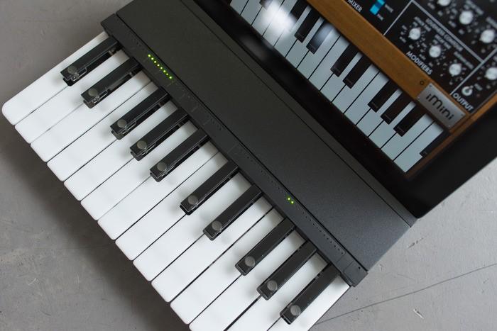 c.24 ipad klavyesi-gerçek bilim