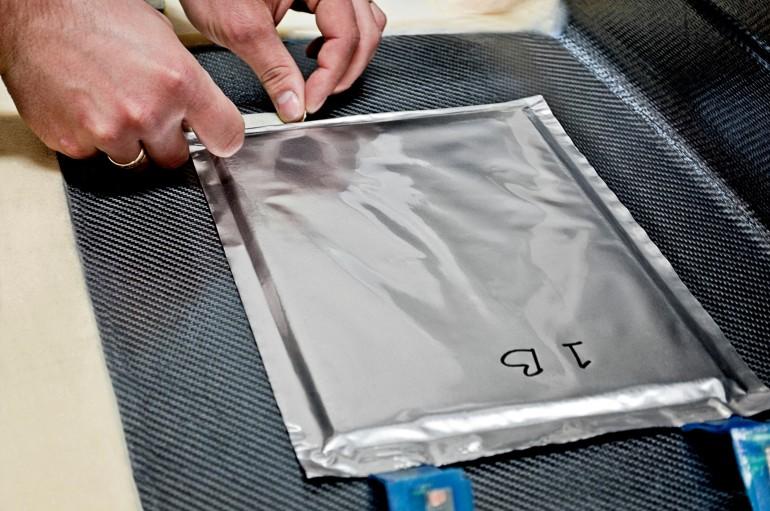 nano batarya ve karbon fiber volvo