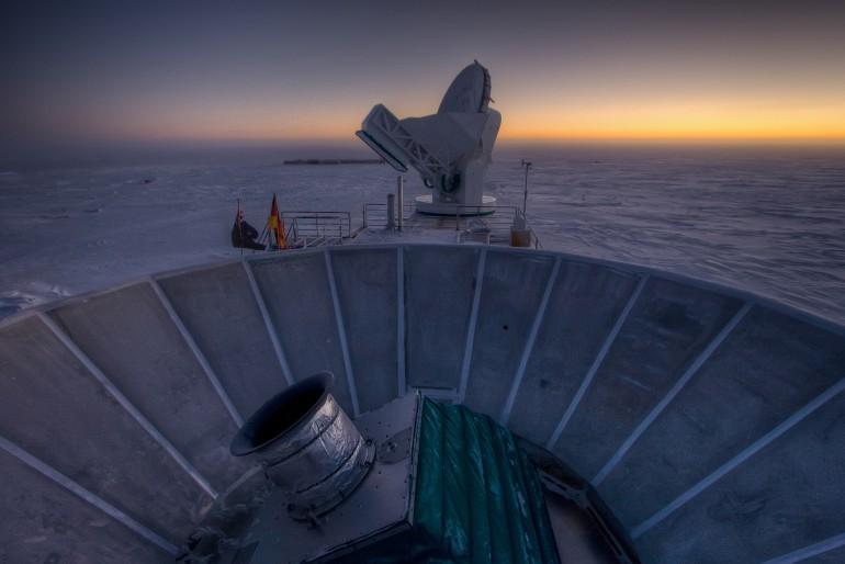 evrenin genişlemesi teleskop