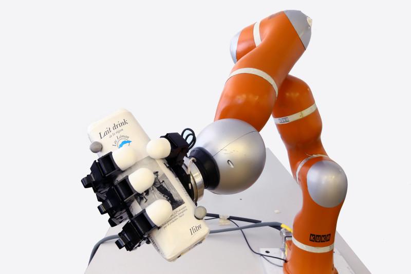ultra hızlı robot kolu-gerçekbilim-credit epfl