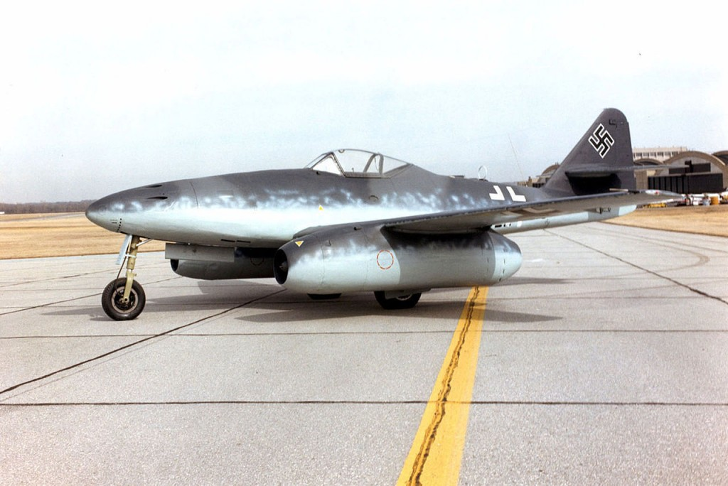 1280px-Messerschmitt_Me_262A_ jet