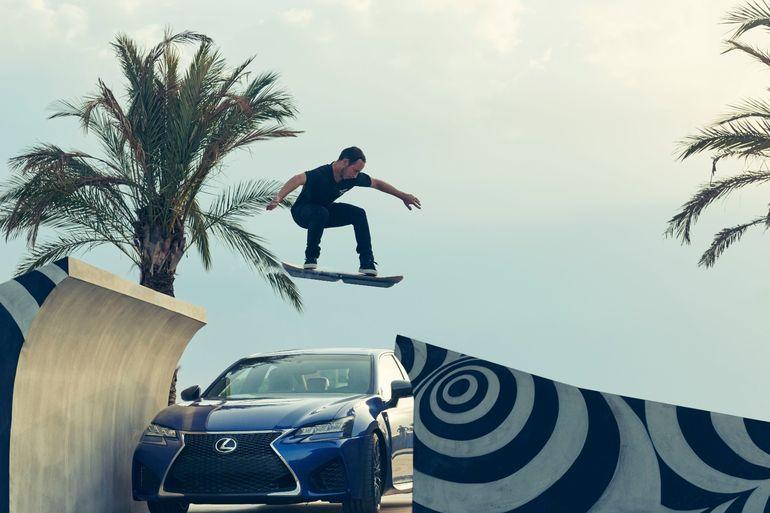 lexus-hoverboard pro kaykaycı
