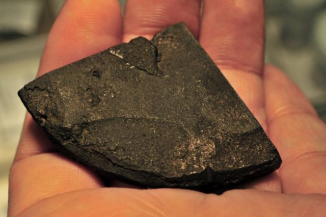 uranyum tutma